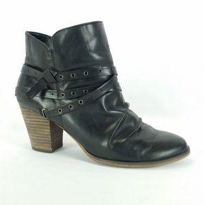 Bella Vita 8WW Black Leather Harness Booties B1-9
